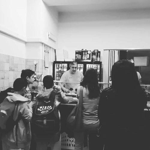 clienti-black-pizzeria-romana-avellino